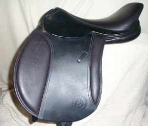 An early Native Pony Native Pony Saddle Company Mountain & Moorland by Saddle Exchange pre 2009, this model has a gel panel.
